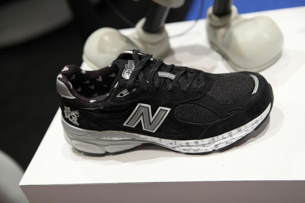 new belance sneakers