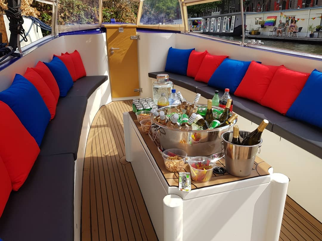Geniet van een luxe privé boottocht in Amsterdam